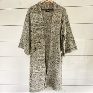 DO EVERYTHING IN LOVE Long Chunky Knit Cardigan OS